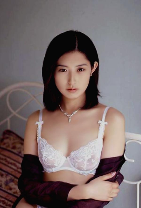 麻倉かほり ヌード画像 018