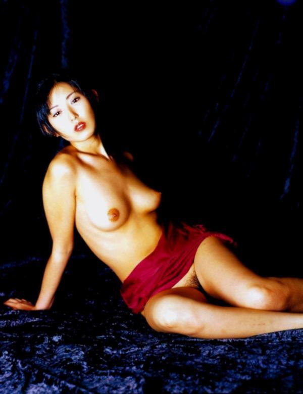 麻倉かほり ヌード画像 051