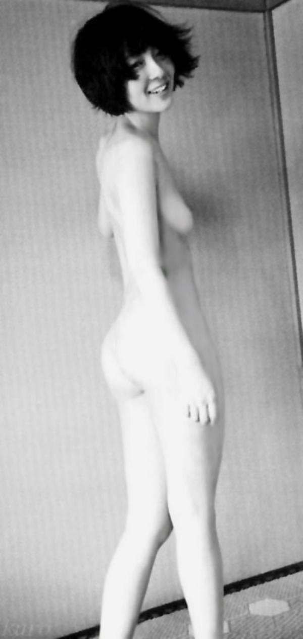 藤田朋子 ヌード画像 001