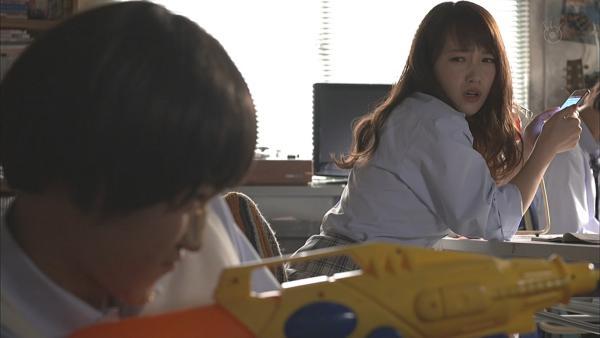 川栄李奈 濡れ場エロ画像011