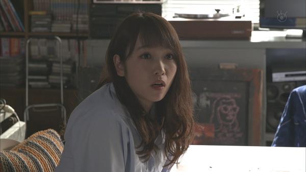 川栄李奈 濡れ場エロ画像012