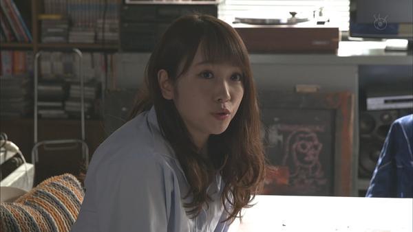 川栄李奈 濡れ場エロ画像013