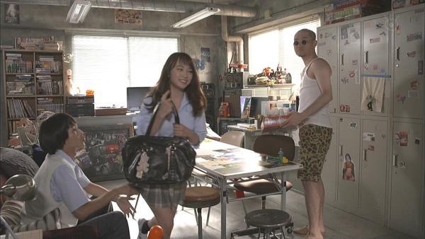 川栄李奈 濡れ場エロ画像017