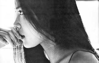 浅野温子ぬーど写真123枚☆若い頃のチクビ丸出し濡れ場がえろすぎるバブル女優☆