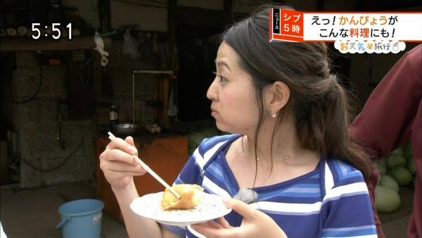福岡良子 胸チラキャプエロ画像026
