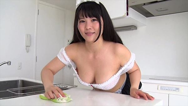 橋本まどか 巨乳画像019