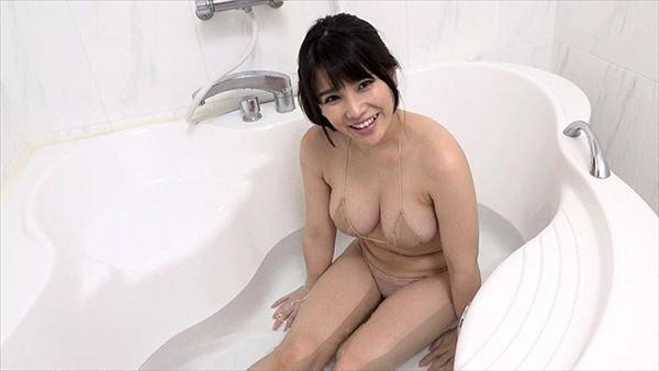 新垣優香 巨乳画像053