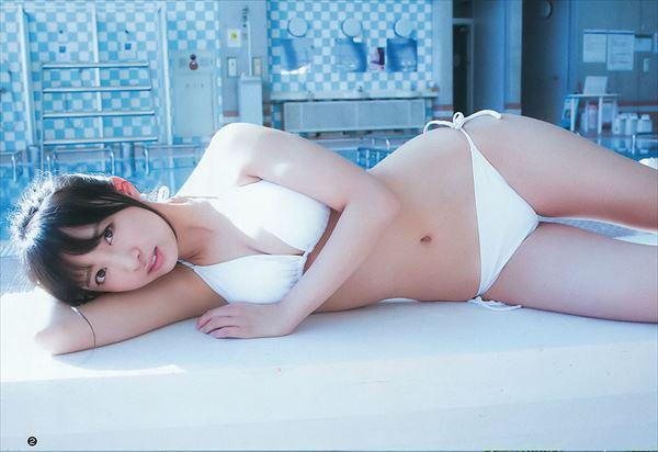 渡辺幸愛 水着エロ画像032