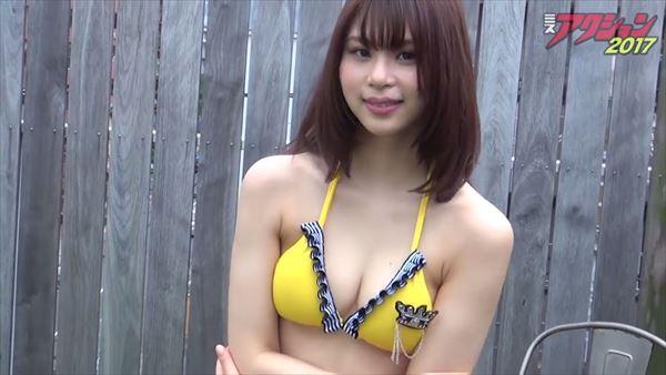 山本成美 ビキニ画像028