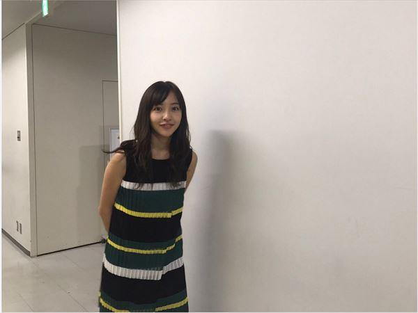 板野友美 おっぱい画像032