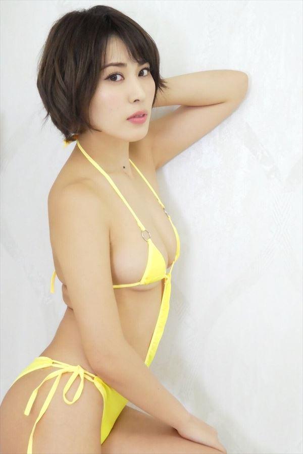 金子智美 全裸画像054