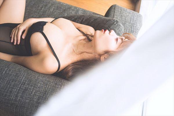 菜乃花 セミヌード画像022