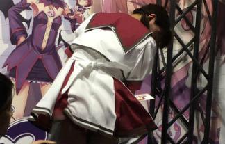 過激なあまり中止になった東京ゲームショーのイベントがヤバい…【エロ画像32枚】