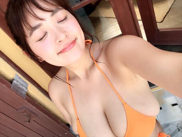 柳瀬早希 おっぱい画像061