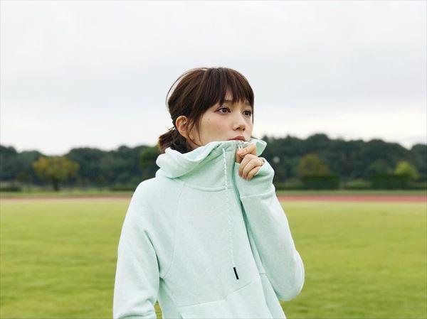 本田翼 透けエロ画像024
