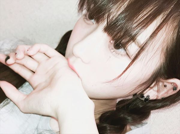 金子理江 おっぱい画像024
