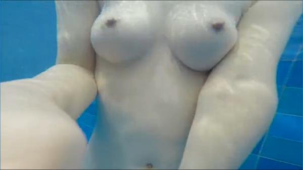 石川優実 ヌード画像 121