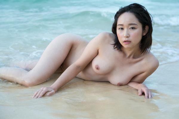 石川優実 ヌード画像 019
