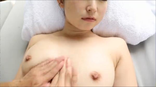 石川優実 ヌード画像 079