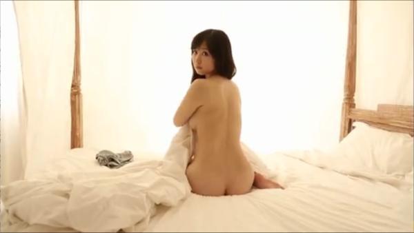 石川優実 ヌード画像 095