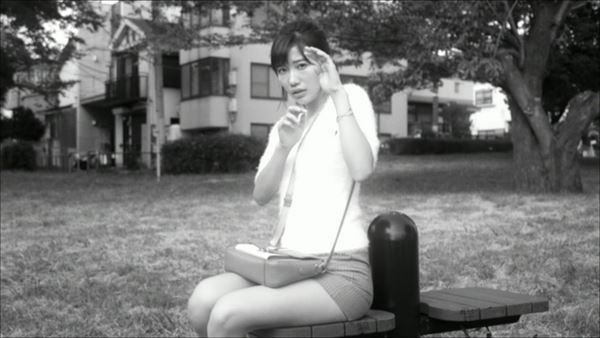 小倉優香 スカートエロ画像025