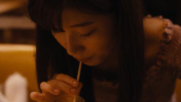 小倉優香 スカートエロ画像032