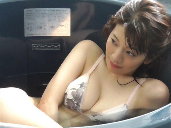 佐藤美希 水着エロ画像008