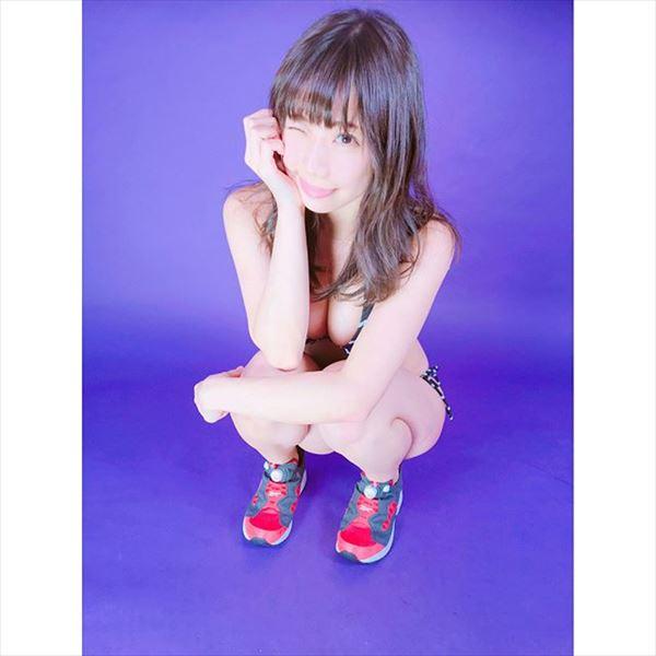 鈴木ふみ奈 パンチラ画像022