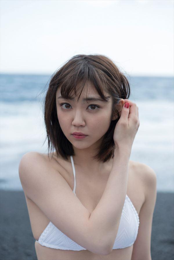 山谷花純 半裸エロ画像020