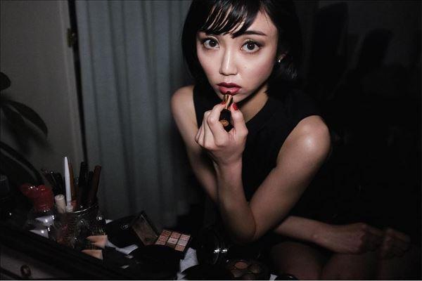 山谷花純 半裸エロ画像028