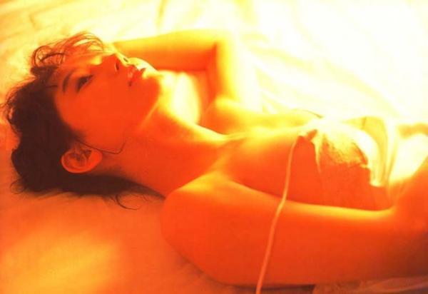 斉藤慶子 ヌード画像 051