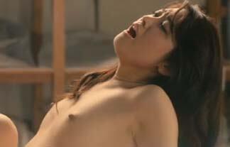 飛鳥凛ヌード画像136枚!勃起乳首や下着がエロすぎる!「ホワイトリリー」濡れ場シーンまとめ!