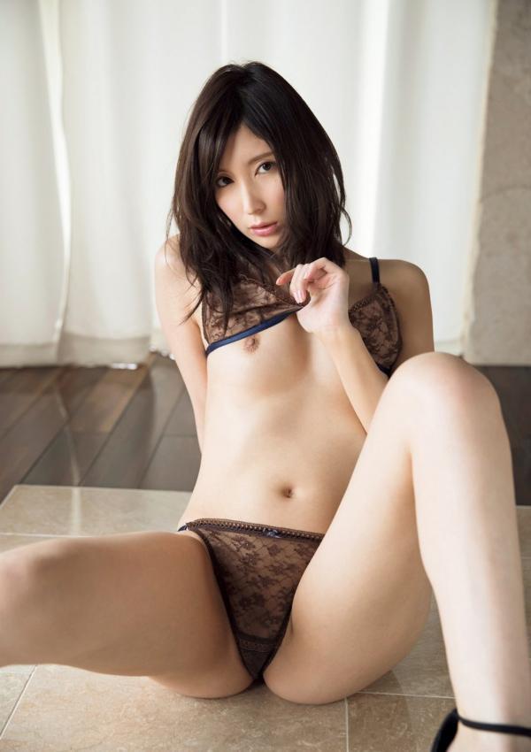 仲村みう ヌード画像003