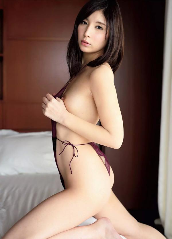 仲村みう ヌード画像011