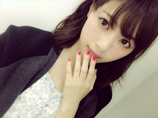 西野七瀬 アイドルエロ画像039
