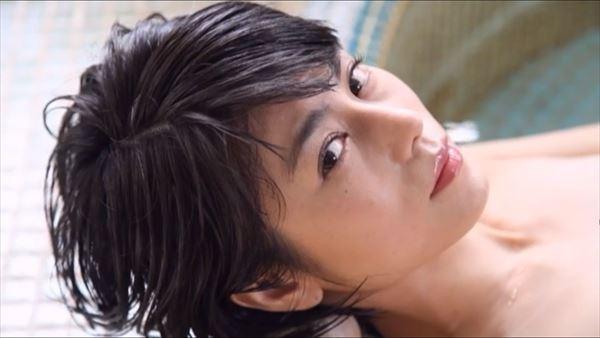 芳野友美 水着エロ画像035