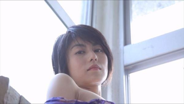 芳野友美 水着エロ画像062