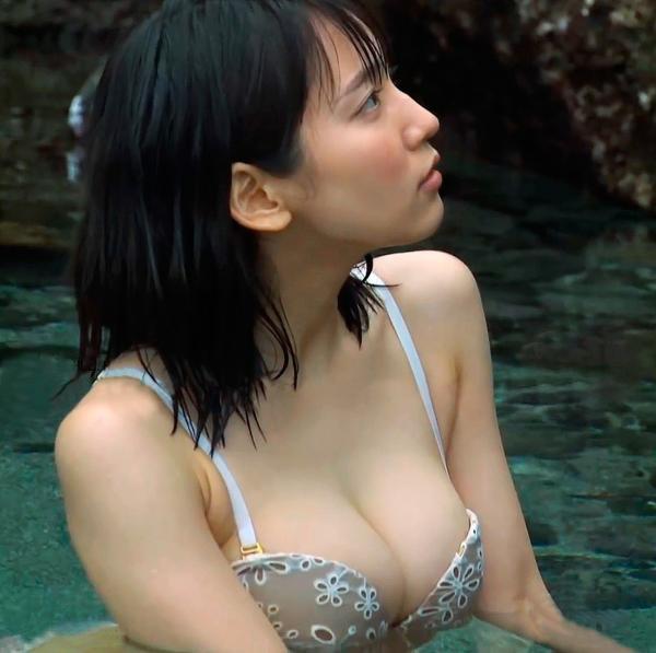 吉岡里帆 ヌード画像036