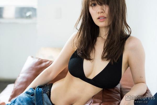 泉里香 エロ画像123