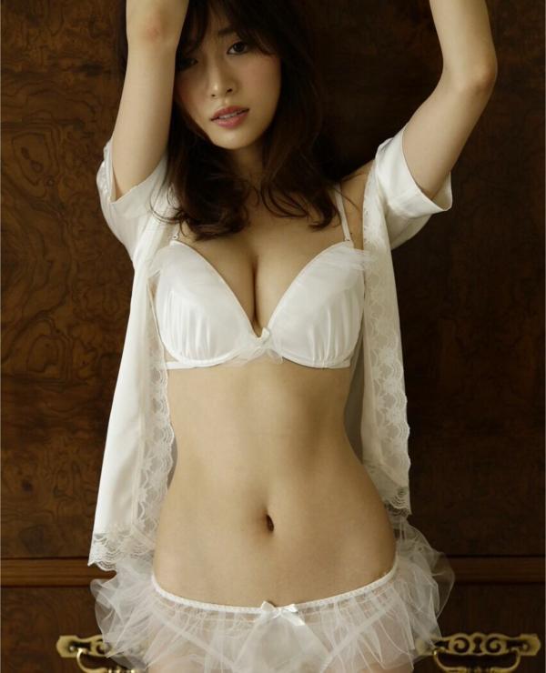 泉里香 エロ画像127