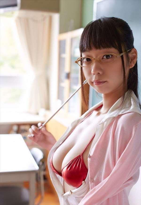 青山ひかる エロ画像075