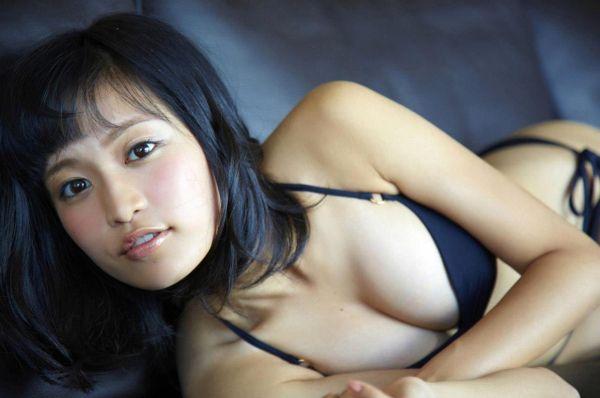 小島瑠璃子 エロ画像078
