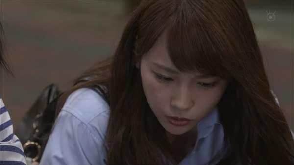 川栄李奈 エロ画像099