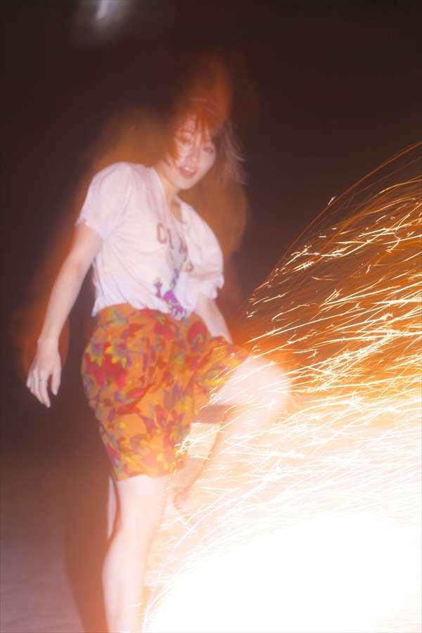 コムアイ エロ画像044