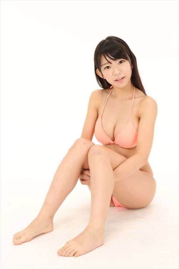 長澤茉里奈 エロ画像042