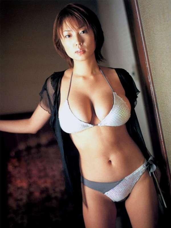 MEGUMI エロ画像033