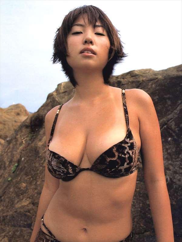 MEGUMI エロ画像040