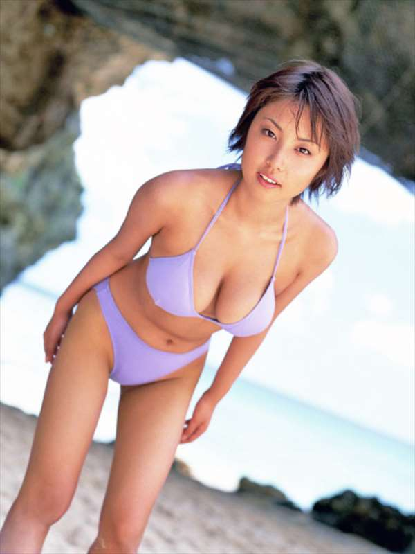 MEGUMI エロ画像065