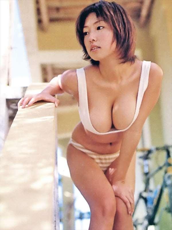 MEGUMI エロ画像089
