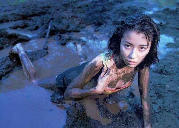 水野美紀 ヌード画像059
